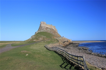 Holy Island & Seahouses Day Trip 2021